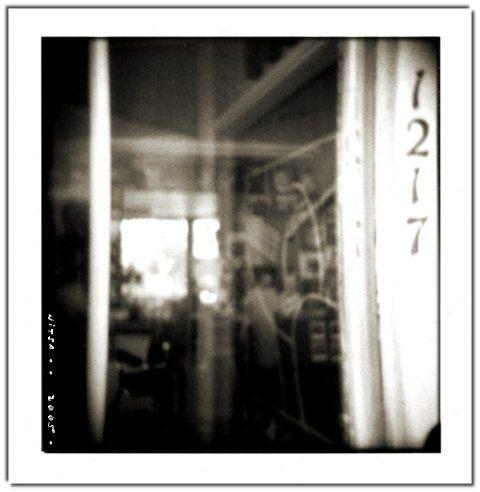 """Figura 6. """"Barber shop"""", fotografía de Nitsa (nonphotography.com)."""