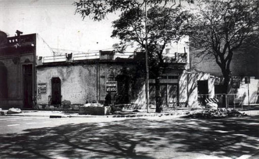 Fig. 3. Predio que se convirtió en el bar El Taller circa 1983. Fuente: palermoviejo.com.